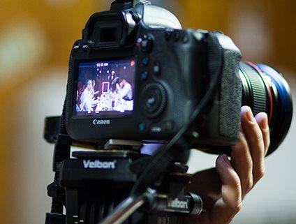 Видеооператор и фотограф на день рождения