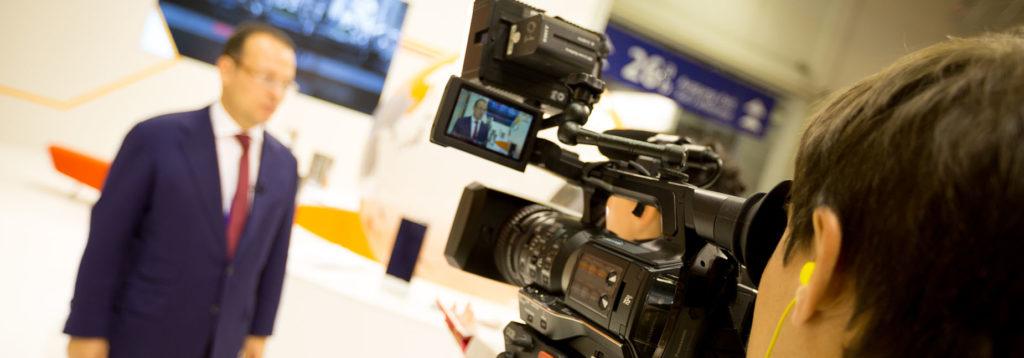 Работы видеооператор стоимость часа часов митино ломбард