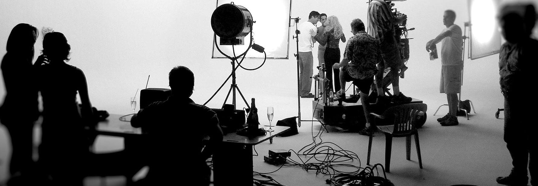 shooting low budget movies - HD1254×768